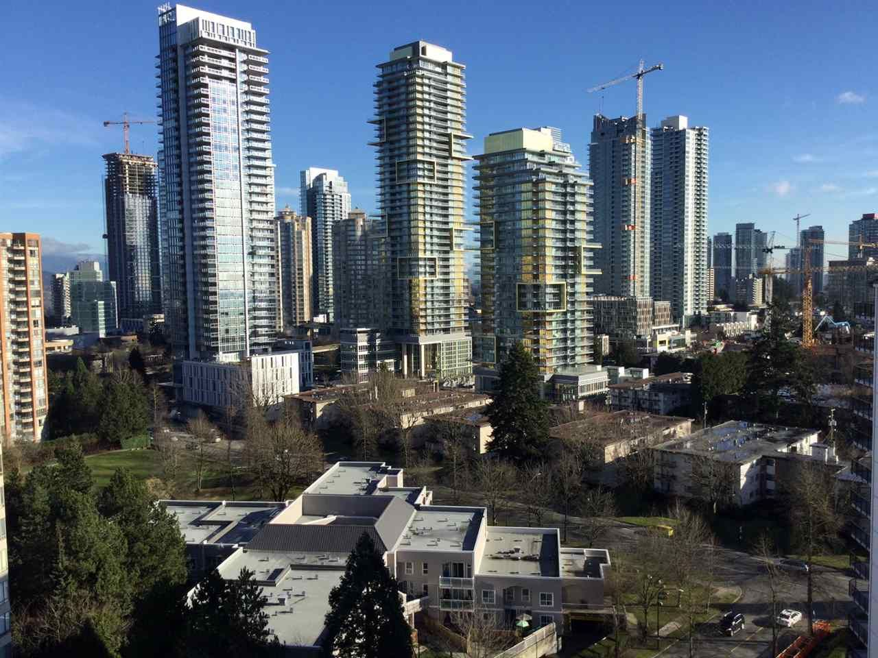 """Photo 15: Photos: 1802 4300 MAYBERRY Street in Burnaby: Metrotown Condo for sale in """"Times Square"""" (Burnaby South)  : MLS®# R2529822"""