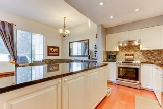 "Photo 11: 38 21960 RIVER Road in Maple Ridge: West Central Townhouse for sale in ""FOXBOROUGH HILLS"" : MLS®# R2519895"