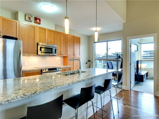 Main Photo: 407 5788 BIRNEY Avenue in Vancouver: University VW Condo for sale (Vancouver West)  : MLS®# V989500
