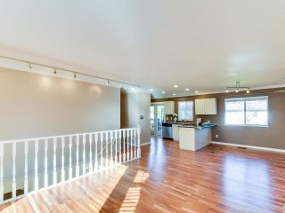 Photo 5: 9109 212A Place in Langley: Walnut Grove House for sale : MLS®# R2316767