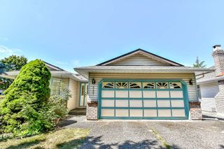 Photo 1: 9127 161A Street in Surrey: Fleetwood Tynehead House for sale : MLS®# R2188659