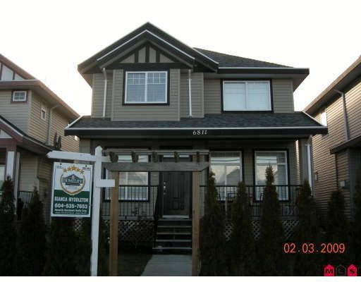 """Main Photo: 6811 192ND Street in Surrey: Clayton House for sale in """"CLAYTON VILLAGE"""" (Cloverdale)  : MLS®# F2904006"""