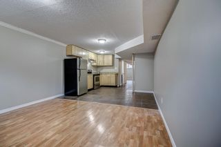 Photo 17: 736 56 Avenue SW in Calgary: Windsor Park Semi Detached for sale : MLS®# A1109274