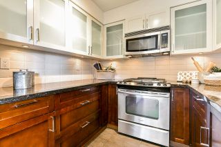 """Photo 16: 1704 1 RENAISSANCE Square in New Westminster: Quay Condo for sale in """"Q"""" : MLS®# R2539218"""