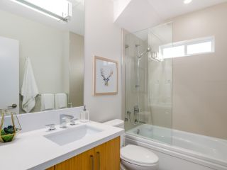 Photo 12: 546 E 10TH Avenue in Vancouver: Mount Pleasant VE 1/2 Duplex for sale (Vancouver East)  : MLS®# R2085116