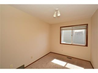 Photo 28: 610 EDGEBANK Place NW in Calgary: Edgemont House for sale : MLS®# C4110946