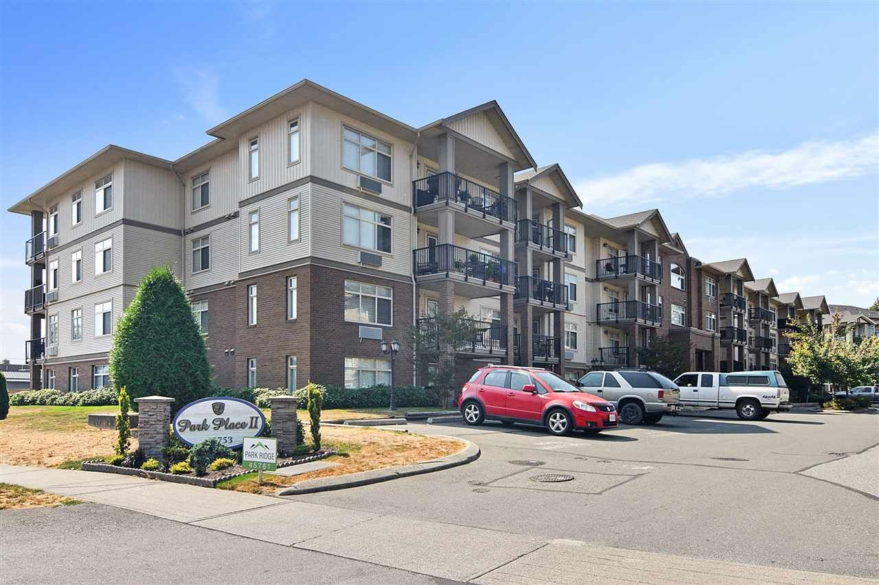 """Main Photo: 208 45753 STEVENSON Road in Chilliwack: Sardis East Vedder Rd Condo for sale in """"Park Place II"""" (Sardis)  : MLS®# R2510735"""