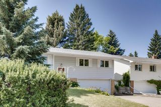 Photo 3: 5011 Vienna Drive NW in Calgary: Varsity Detached for sale : MLS®# A1130338