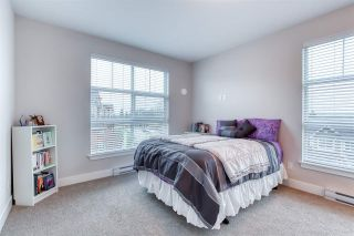 Photo 3: 302 14605 MCDOUGALL Drive in White Rock: King George Corridor Condo for sale (South Surrey White Rock)  : MLS®# R2476304