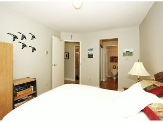"Photo 15: 209 1280 FIR Street: White Rock Condo for sale in ""Oceana Villa"" (South Surrey White Rock)  : MLS®# F1406984"