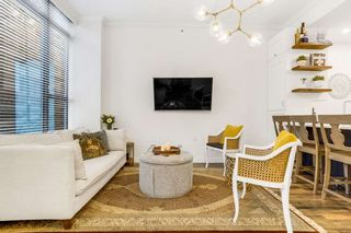 """Photo 3: 517 DRAKE Street in Vancouver: Downtown VW Townhouse for sale in """"Oscar"""" (Vancouver West)  : MLS®# R2569901"""