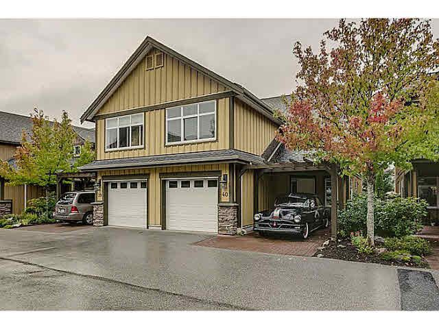 "Main Photo: 40 41050 TANTALUS Road in Squamish: Tantalus 1/2 Duplex for sale in ""GREENSIDE ESTATES - GARIBALDI ESTATES"" : MLS®# V1086397"
