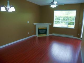 """Photo 3: 113 12769 72ND Avenue in Surrey: West Newton Condo for sale in """"Savoy"""" : MLS®# F2916546"""