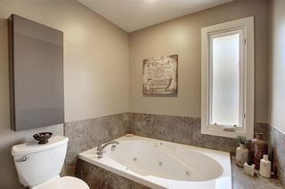 Photo 22: 901 3240 66 Avenue SW in Calgary: Lakeview Row/Townhouse for sale : MLS®# C4295935