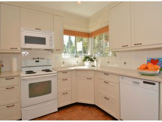 Photo 12: 1979 144TH ST in Surrey: Sunnyside Park Surrey House for sale (South Surrey White Rock)  : MLS®# F1422765