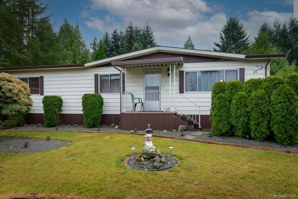 Main Photo: 27 5150 Christie Rd in : Du Ladysmith Manufactured Home for sale (Duncan)  : MLS®# 861157