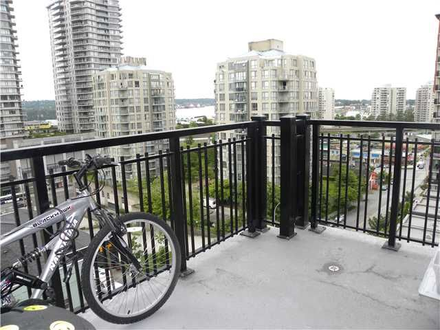 """Photo 8: Photos: 608 813 AGNES Street in New Westminster: Downtown NW Condo for sale in """"NEWS"""" : MLS®# V892925"""