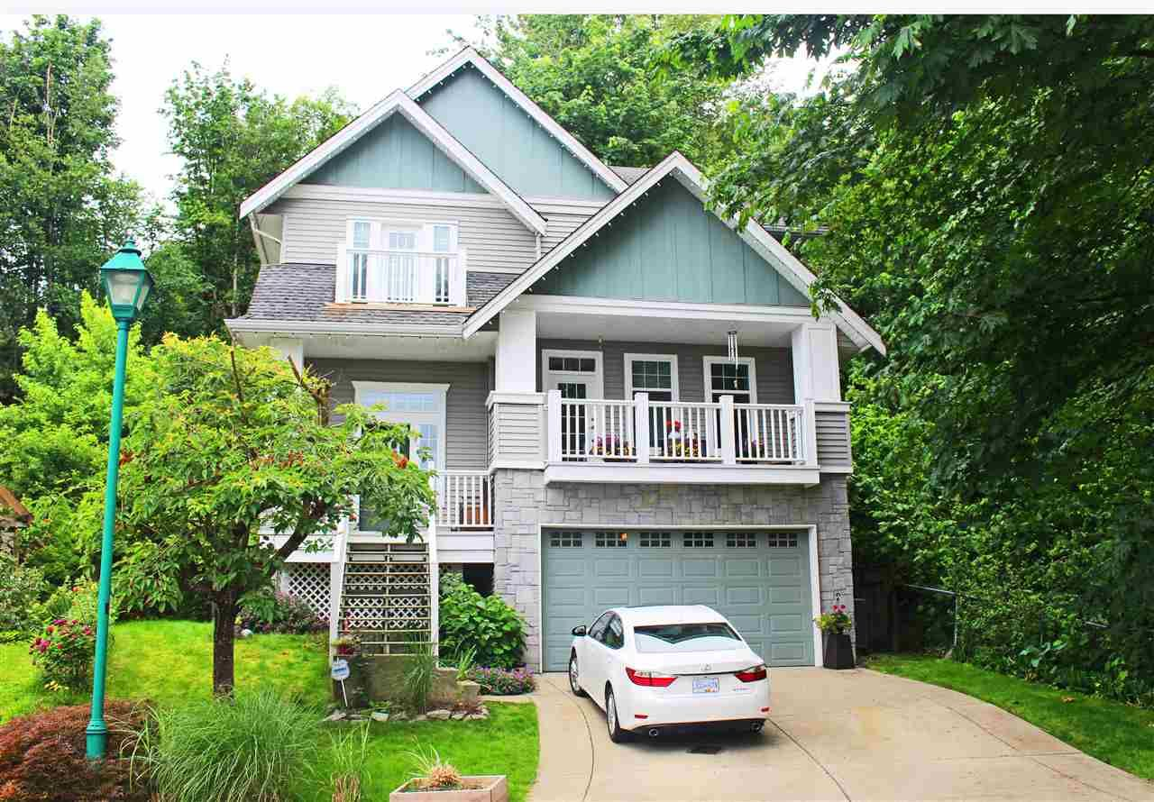"""Main Photo: 3304 BLOSSOM Court in Abbotsford: Abbotsford East House for sale in """"HIGHLANDS"""" : MLS®# R2468993"""