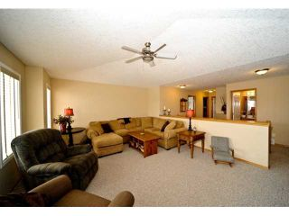 Photo 10: 88 CHAPALA Square SE in CALGARY: Chaparral Residential Detached Single Family for sale (Calgary)  : MLS®# C3457060