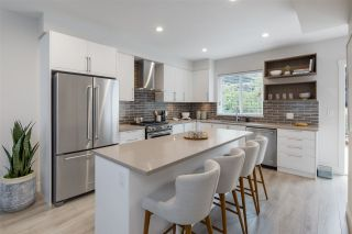 """Photo 2: 20 70 SEAVIEW Drive in Coquitlam: College Park PM Townhouse for sale in """"CEDAR RIDGE"""" (Port Moody)  : MLS®# R2523220"""