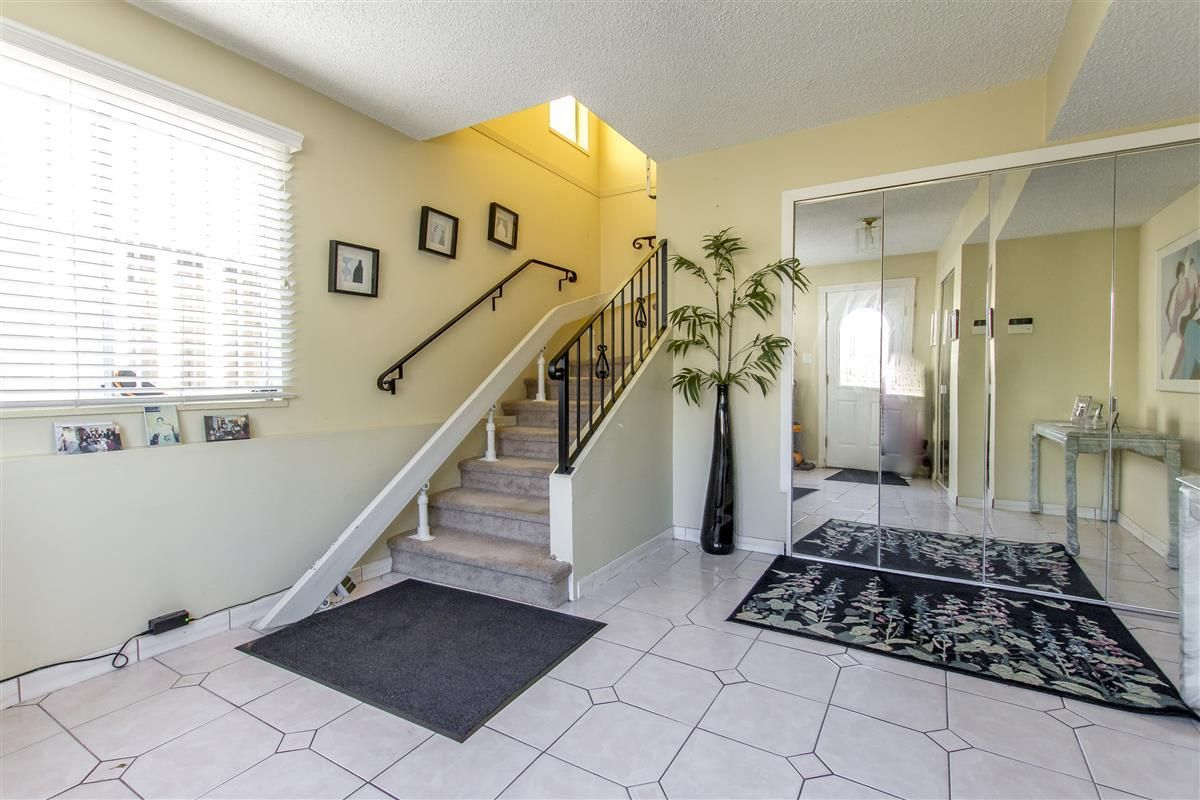 Photo 13: Photos: 5156 ABERDEEN Street in Vancouver: Collingwood VE House for sale (Vancouver East)  : MLS®# R2303162