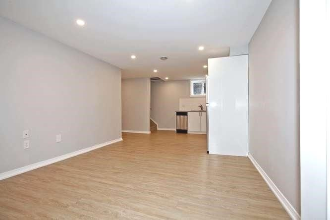 Photo 6: Photos: Lower 14 Furnival Road in Toronto: O'Connor-Parkview House (2-Storey) for lease (Toronto E03)  : MLS®# E4474374