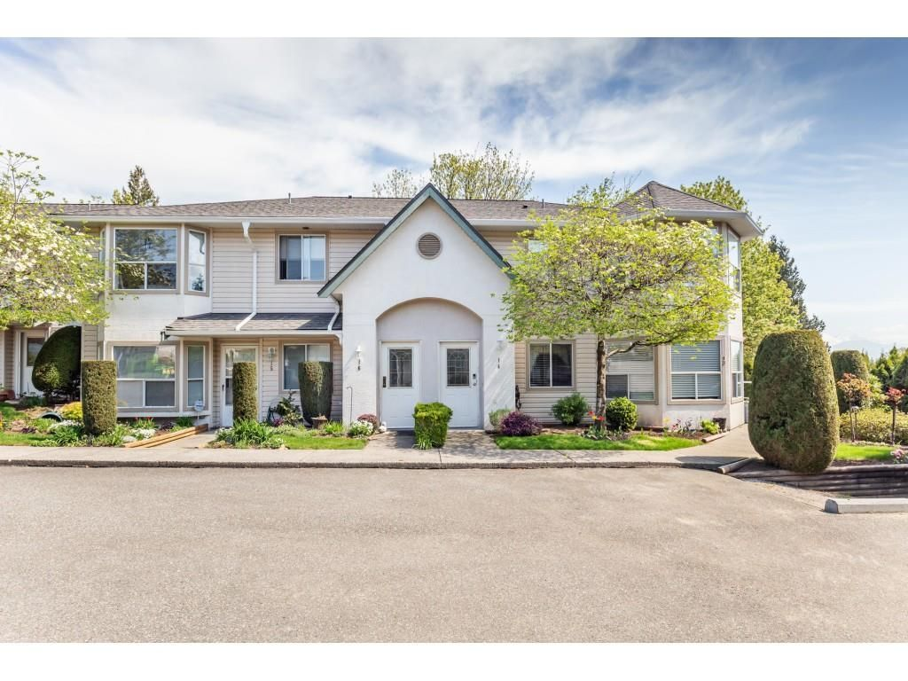 """Main Photo: 16 3380 GLADWIN Road in Abbotsford: Central Abbotsford Townhouse for sale in """"Forest Edge"""" : MLS®# R2585132"""