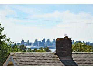 Photo 9: 640 W 15TH Street in North Vancouver: Hamilton 1/2 Duplex for sale : MLS®# V1041139