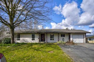 Photo 1: 2153 DOLPHIN Crescent in Abbotsford: Abbotsford West House for sale : MLS®# R2561403