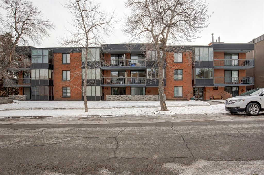 Photo 1: Photos: 102 345 4 Avenue NE in Calgary: Crescent Heights Apartment for sale : MLS®# A1065227