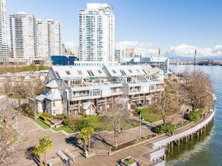 """Photo 24: 418 5 K DE K Court in New Westminster: Quay Condo for sale in """"QUAYSIDE TERRACE"""" : MLS®# R2614367"""