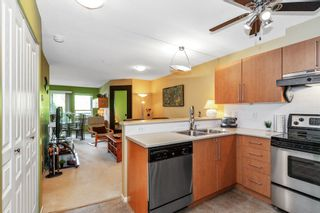 """Photo 10: 305 1150 E 29TH Street in North Vancouver: Lynn Valley Condo for sale in """"Highgate"""" : MLS®# R2497351"""