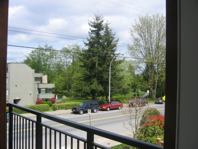 Photo 12: Photos: 300 - 15268 18th Ave in Surrey: King George Corridor Condo for sale (South Surrey White Rock)  : MLS®# F2900237