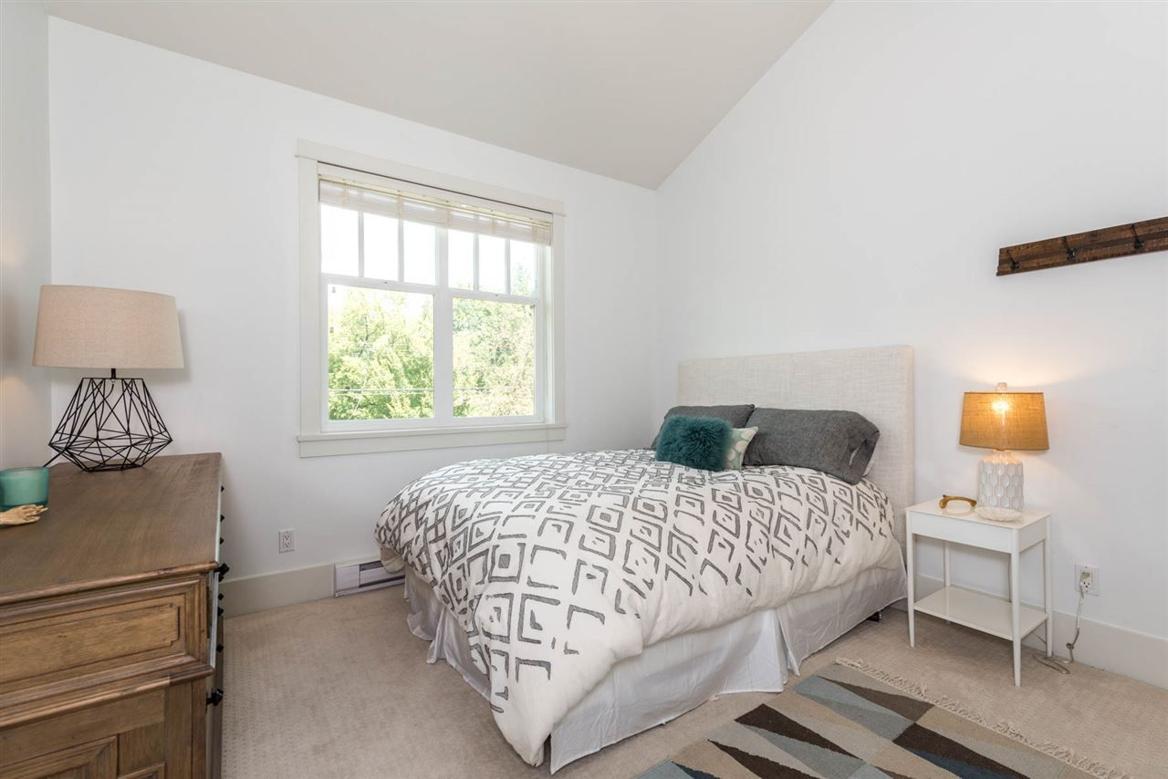 """Photo 13: Photos: 3175 YUKON Street in Vancouver: Mount Pleasant VW 1/2 Duplex for sale in """"Heritage at Cambie Village"""" (Vancouver West)  : MLS®# R2189433"""