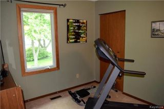 Photo 10: 41 Maple Drive: Oakbank Residential for sale (R04)  : MLS®# 1714440