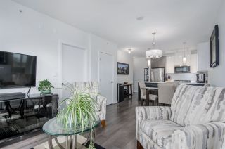 """Photo 15: 911 271 FRANCIS Way in New Westminster: Fraserview NW Condo for sale in """"Parkside at Victoria Hill"""" : MLS®# R2232863"""
