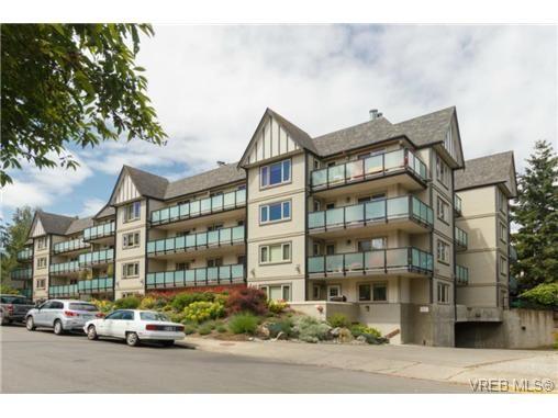 Main Photo: 106 1436 Harrison St in VICTORIA: Vi Downtown Condo for sale (Victoria)  : MLS®# 732933