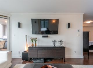 """Photo 7: 501 888 HAMILTON Street in Vancouver: Downtown VW Condo for sale in """"ROSEDALE GARDEN"""" (Vancouver West)  : MLS®# R2518975"""
