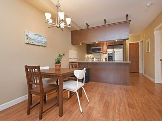 """Photo 6: 272 8328 207A Street in Langley: Willoughby Heights Condo for sale in """"Yorkson Creek"""" : MLS®# R2417245"""