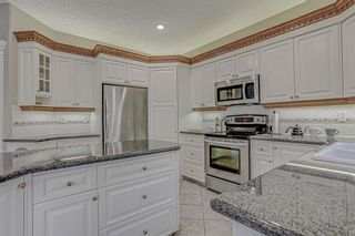 Photo 12: 137 ROYAL CREST Bay NW in Calgary: Royal Oak Detached for sale : MLS®# A1083162