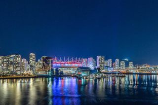 Photo 18: 1511 ATHLETES WAY in VANCOUVER: Condo for sale