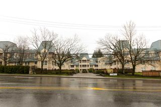 """Photo 1: 211 295 SCHOOLHOUSE Street in Coquitlam: Maillardville Condo for sale in """"Chateau Royale"""" : MLS®# R2237946"""