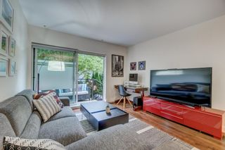 """Photo 18: 3170 PRINCE EDWARD Street in Vancouver: Mount Pleasant VE Townhouse for sale in """"SIXTEEN EAST"""" (Vancouver East)  : MLS®# R2404274"""