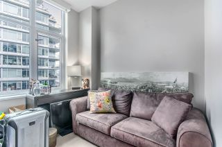 """Photo 5: 1004 181 W 1ST Avenue in Vancouver: False Creek Condo for sale in """"MILLENIUM WATERS"""" (Vancouver West)  : MLS®# R2053055"""