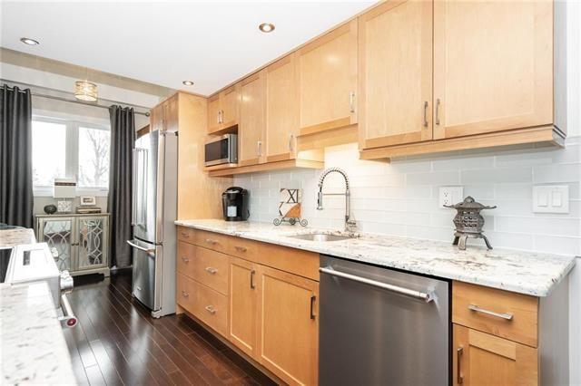 Photo 4: Photos: 3311 65 Swindon Way in Winnipeg: Tuxedo Condominium for sale (1E)  : MLS®# 1902972