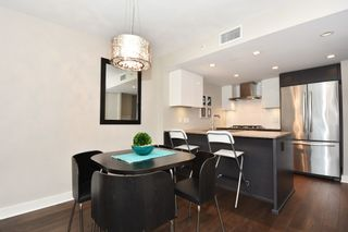 """Photo 12: 206 1618 QUEBEC Street in Vancouver: Mount Pleasant VE Condo for sale in """"CENTRAL"""" (Vancouver East)  : MLS®# R2262451"""