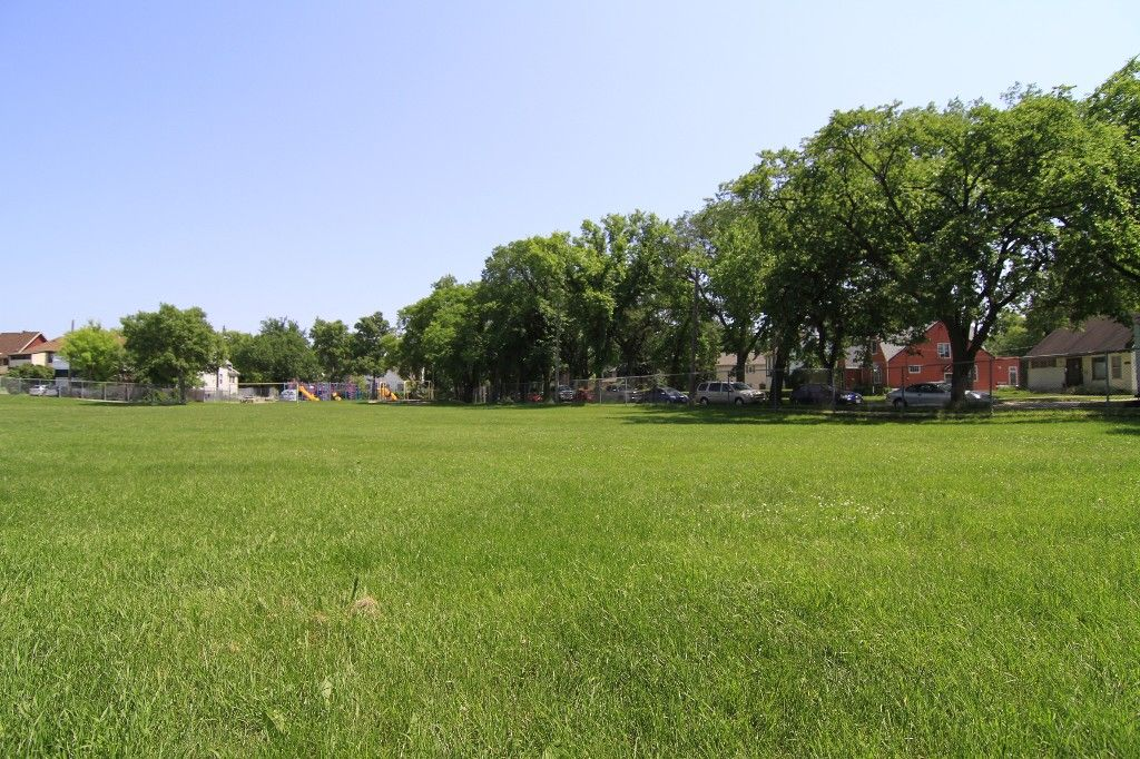 Photo 60: Photos: 470 Clifton Street in Winnipeg: Wolseley Single Family Detached for sale (West Winnipeg)  : MLS®# 1314152