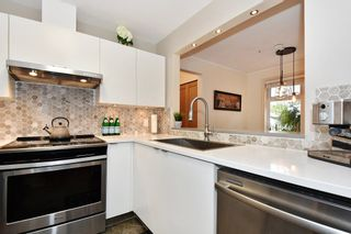 """Photo 10: 106 2588 ALDER Street in Vancouver: Fairview VW Condo for sale in """"BOLLERT PLACE"""" (Vancouver West)  : MLS®# R2429460"""