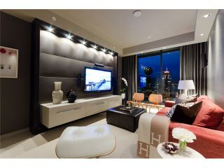 """Photo 7: 2703 788 RICHARDS Street in Vancouver: Downtown VW Condo for sale in """"L'HERMITAGE"""" (Vancouver West)  : MLS®# V912496"""