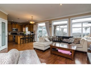 Photo 4: 35524 ALLISON Court in Abbotsford: Abbotsford East House for sale : MLS®# F1431752